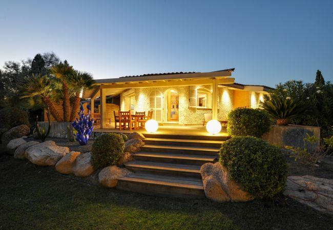 Villa à Bonifacio - Villa le Lagon pour 4/5 personnes